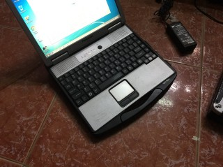 Laptop Windows XP Panasonic Toughbook CF-74